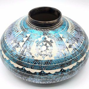 Native American Pottery Horsehair Turtle